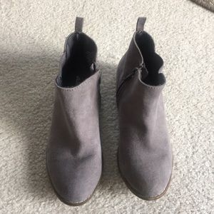 Girls Old Navy Low Cut Boots